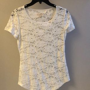Madison Jules Size XS white lace T-Shirt
